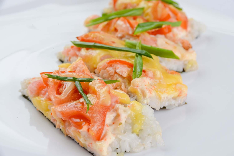 Суши-пицца с морепродуктами