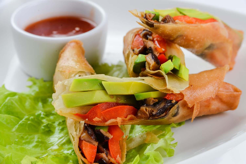 Китайские хрустящие блинчики с овощами