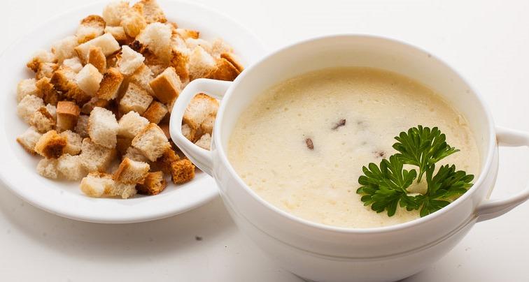 Суп сырный с шампиньонами